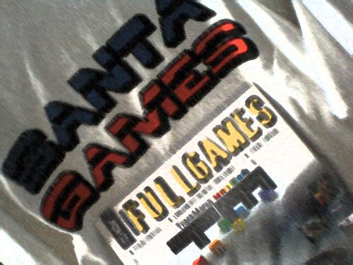 O Rodrigo levou uma super camisa do Santa games e a revistaFullGames!